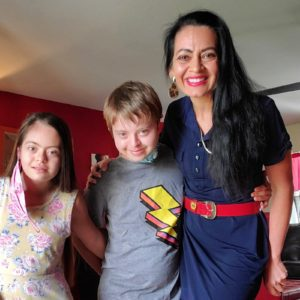 Eliana con Emir y Ayelén