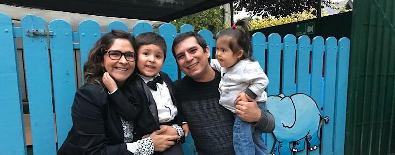 Josefa con su familia