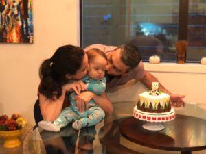 Sebastián celebrando un cumpleaños