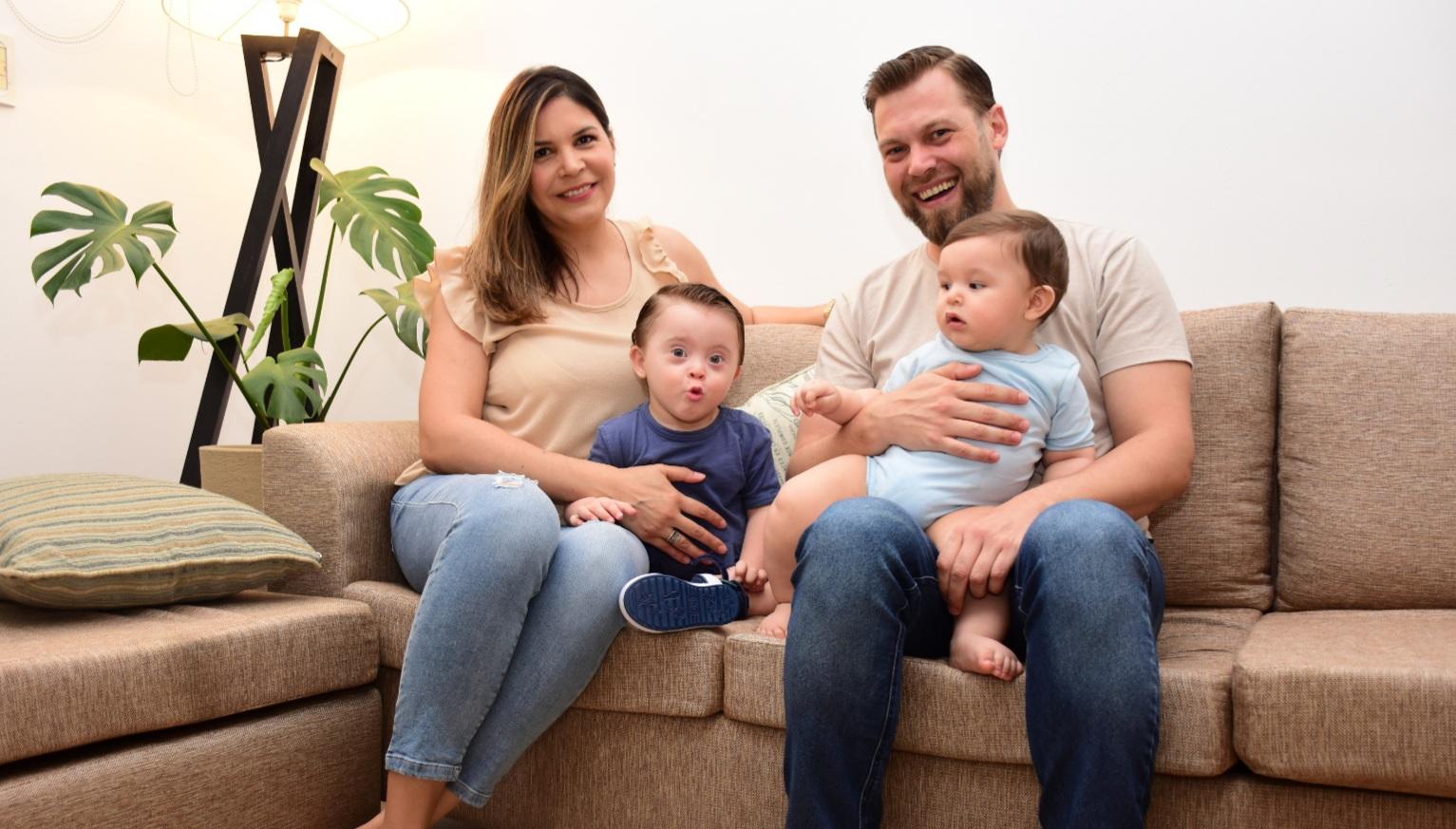 @thiaguito_t21y su familia